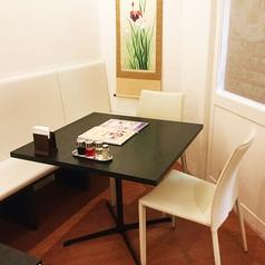【2名様~3名様】テーブル、ソファー席