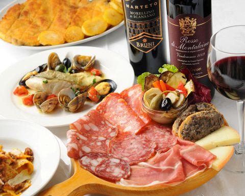 本場イタリア・トスカーナ地方の味を再現した自家製料理をご提供しております。オープン21年目にあたり、グランドメニューも一新。ひとつひとつにこだわった、イタリアの伝統料理をご堪能下さい。