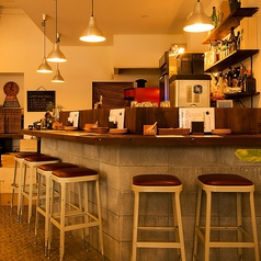 cafe dining wood カフェ ダイニング ウッドの雰囲気1