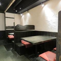 【別邸】4名様テーブル席×2席ロールスクリーンで半個室に!
