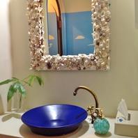 【お洒落な装飾】沖縄の貝殻を使った鏡に注目♪