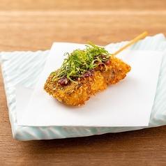料理メニュー写真さばの串カツ梅しそ(1本)