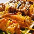 料理メニュー写真串盛り合わせ(8本)豚串、鳥串、砂肝、ハツ、ひな皮、豚たん、手羽先、つくね串