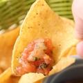 料理メニュー写真サルサソースチップス
