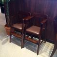 お子様用の椅子もご用意しています。ご利用の際はお気軽にお声掛け下さい。