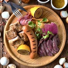 GABURICOの肉盛りプレート