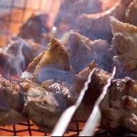 焼き師が焼き上げる絶品炭火炙り焼き