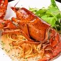 料理メニュー写真オマール海老のアメリカンソースパスタ