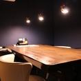 個室造りの6名様テーブル席です。