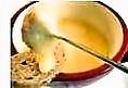 口の中いっぱいに入れると濃厚なチーズの風味と味わいが広がり、何度も口にしたくなる逸品です。