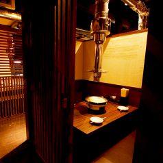 3~4名様用の個室もご用意しております。少人数でゆったりとお食事をお楽しみいただきたいお客様に最適な個室席。