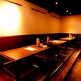 落ち着ける雰囲気自慢の店内。おしゃれな店内でゆっくりお食事とお酒を楽しんで!