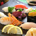 料理メニュー写真おまかせ寿司盛り合わせ(6貫)