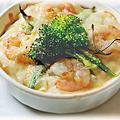 料理メニュー写真エビと野菜のクリームドリア