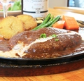 料理メニュー写真黒毛和牛ハンバーグ180g