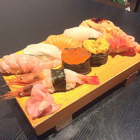 寿司食いねぇ!市場直送の海鮮と日本酒、焼酎の種類あふれる杉田の隠れ家居酒屋です☆