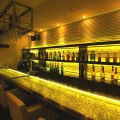 Luxury Bar QUAR2 クオーツ 新宿東口の雰囲気1
