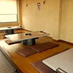 炭火焼肉 さかえ 茨木の雰囲気2