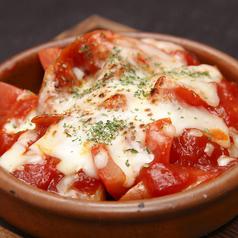 ソーセージのトマトチーズ焼き
