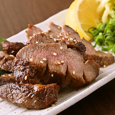 美味しい牛タンと素材の味を活かした料理が楽しめるネオ大衆酒場!それが べこたん