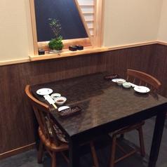 2名掛けのテーブル席(1F奥の個室内)