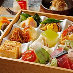 (ランチ)御弁当『雅』みやび ~9種の季節の料理が鮮やかに彩る昼の御弁当~