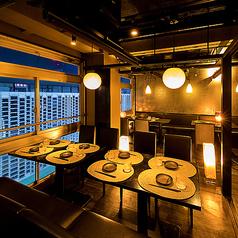 テーブル席は多数ご用意ございます。お客様のニーズに合わせたお席をご用意している為安心してお食事頂けます。飲み放題付きコースは2800円~ご用意♪当店自慢のコースをご用意しておりますので、ぜひ一度ご賞味あれ♪