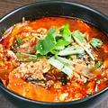 料理メニュー写真カルビスープ、ユッケジャンスープ