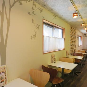 谷中 TENSUKE CAFEの雰囲気1