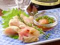 料理メニュー写真宮崎直送赤鶏のたたき