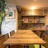 ◆ちょっと離れたテーブル席はどんなシーンにも適応♪◆テーブル席。最大8名様まで対応のテーブルにレイアウト変更可能♪※7名様以上ご利用ご希望の際は、事前にご連絡ください。