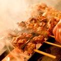 料理メニュー写真比内地鶏の串焼き七本盛り