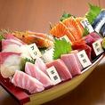 漁港直送の鮮魚を使用した海鮮料理が自慢の居酒屋!お刺身だけでなく、鮮魚を大胆に使用した様々な逸品を多彩にご用意しております!