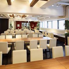 ■3階■着席130名様、立食で150名様までご利用可。広々したスペースを完全貸切でご利用頂けます。