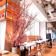 GOOD MORNING CAFE グッドモーニングカフェ 神田錦町の雰囲気1