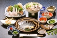 自慢は下関の名産「ふぐ」料理。コースは5000円より、8000円、10000円とご予算に応じてお作り致します。