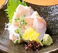 料理メニュー写真小鯛のささ漬 ※若狭湾産のスズメダイをお酢でさっと〆た1品です。