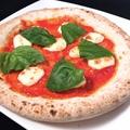 料理メニュー写真自家製ポモドーロ 薄焼きマルゲリータ