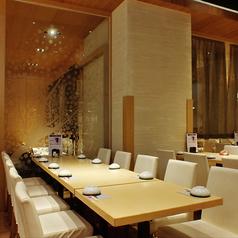 10名様迄OKの宴会用テーブル席です。会社宴会や打ち上げなどに最適です。