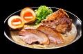 料理メニュー写真【京都店限定】黒豚骨チャーシュー麺味玉入