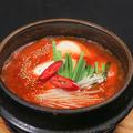 料理メニュー写真アサリと自家製豆腐のチゲ