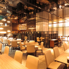 Buffet&Cafe GINZA SAIの雰囲気1