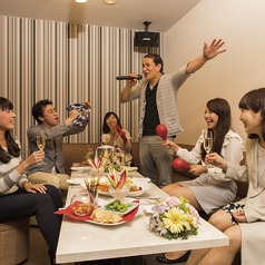 オリエンタルホテル東京ベイ カラオケルーム フェスタの写真