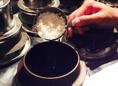 【真空釜で炊く、本格釜飯】コシヒカリ以上の甘みのあるミルキークィーンを主体とした独自のブレンド米を使用。