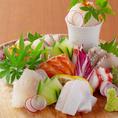 九州近県から仕入れる四季折々の鮮魚を料理長がお客様の口に合うように、【見た目】【視感】【食感】を考え調理致します。丁寧に造り上げた鮮魚料理は是非ご注文頂きたい逸品です。