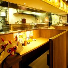 【立川】2人で飲むのも、お仕事帰りに一人でふらっと立ち寄りもOK♪ 目の前で調理の様子が見える、ライブ感のあるお席です!