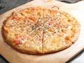 料理メニュー写真たっぷりチーズマルゲリータ