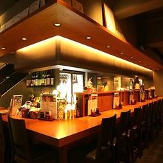 【1Fカウンター席】おひとり様でも大歓迎★野毛 の 居酒屋 でサク飲みや仕事帰りのプライベートな飲み会なら 叶家 のこのお席で♪