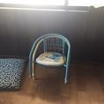 お子様用の椅子をご用意しています。お気軽にご家族でご来店ください。