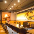 人気の掘りごたつタイプのお席は各種ご宴会にどうぞ!ちょっとした集まりや会合に使いやすい個室などいろんなサイズの個室あります!